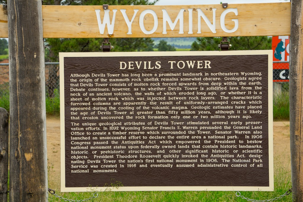 Devils Tower information sign